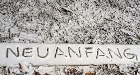 Neuanfang in den Schnee geschrieben